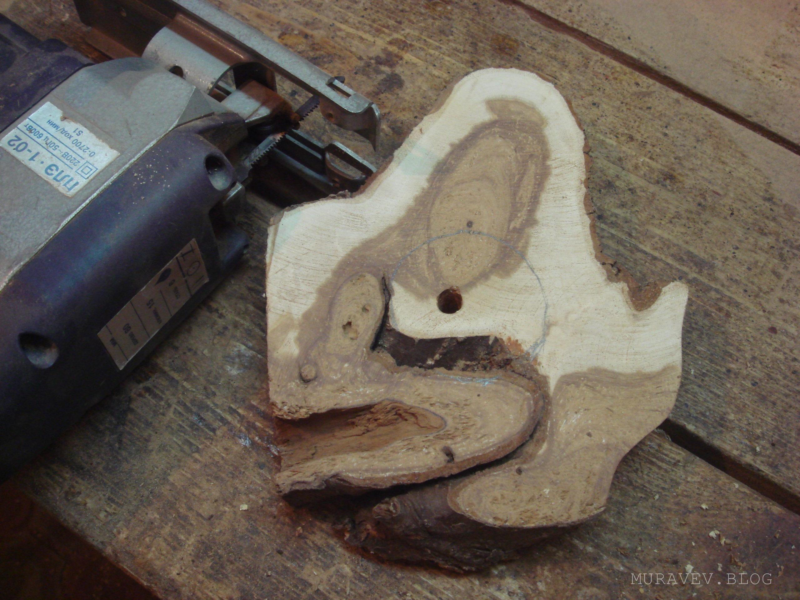 заготовка из дерева для изготовление светильника
