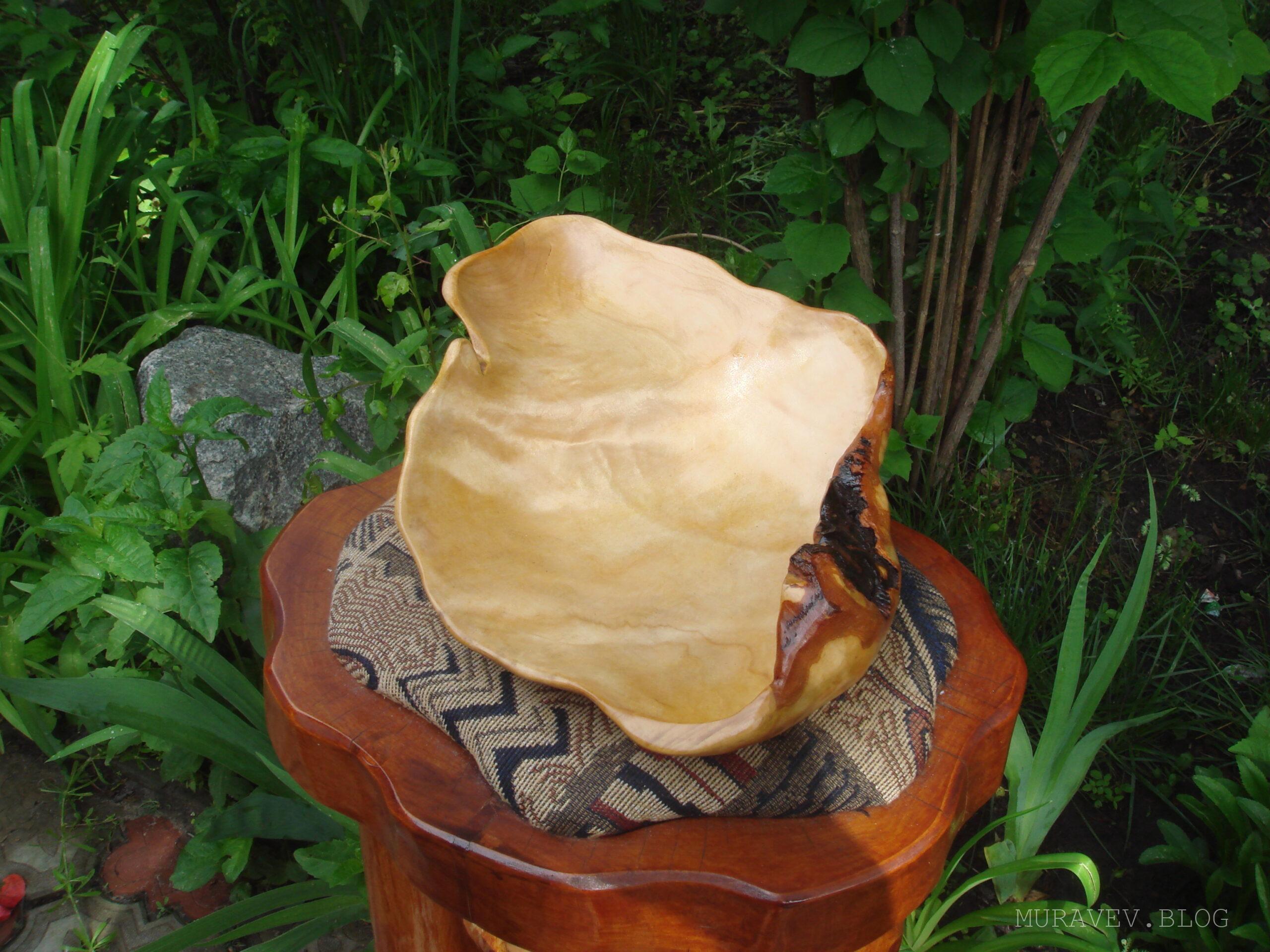 Чаши и вазы из капа и сувели